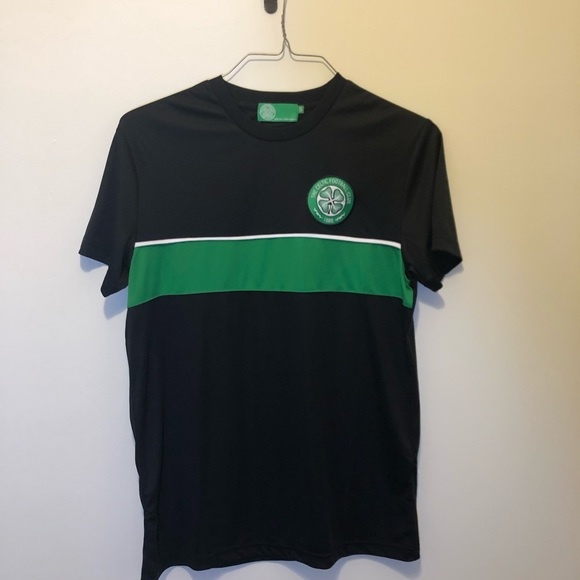 reputable site 5ce6a 54d5f Celtic Football Club Adult Small Soccer Shirt